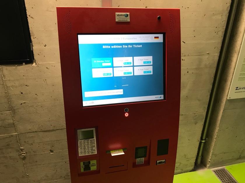 """Veloparkierautomat Zürich Europplatz Firma """"abaleo"""""""