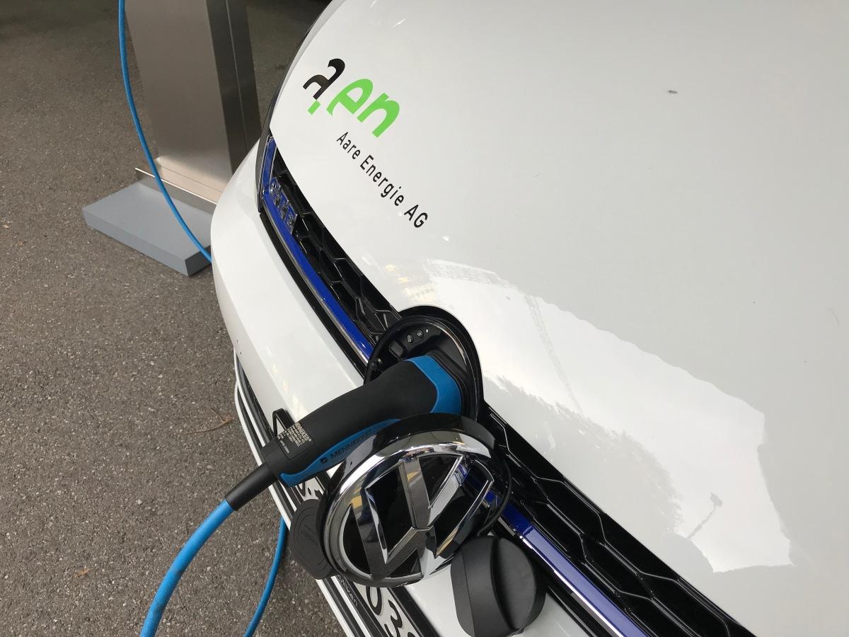 Wo kann ich in Olten ein Elektroautoaufladen?