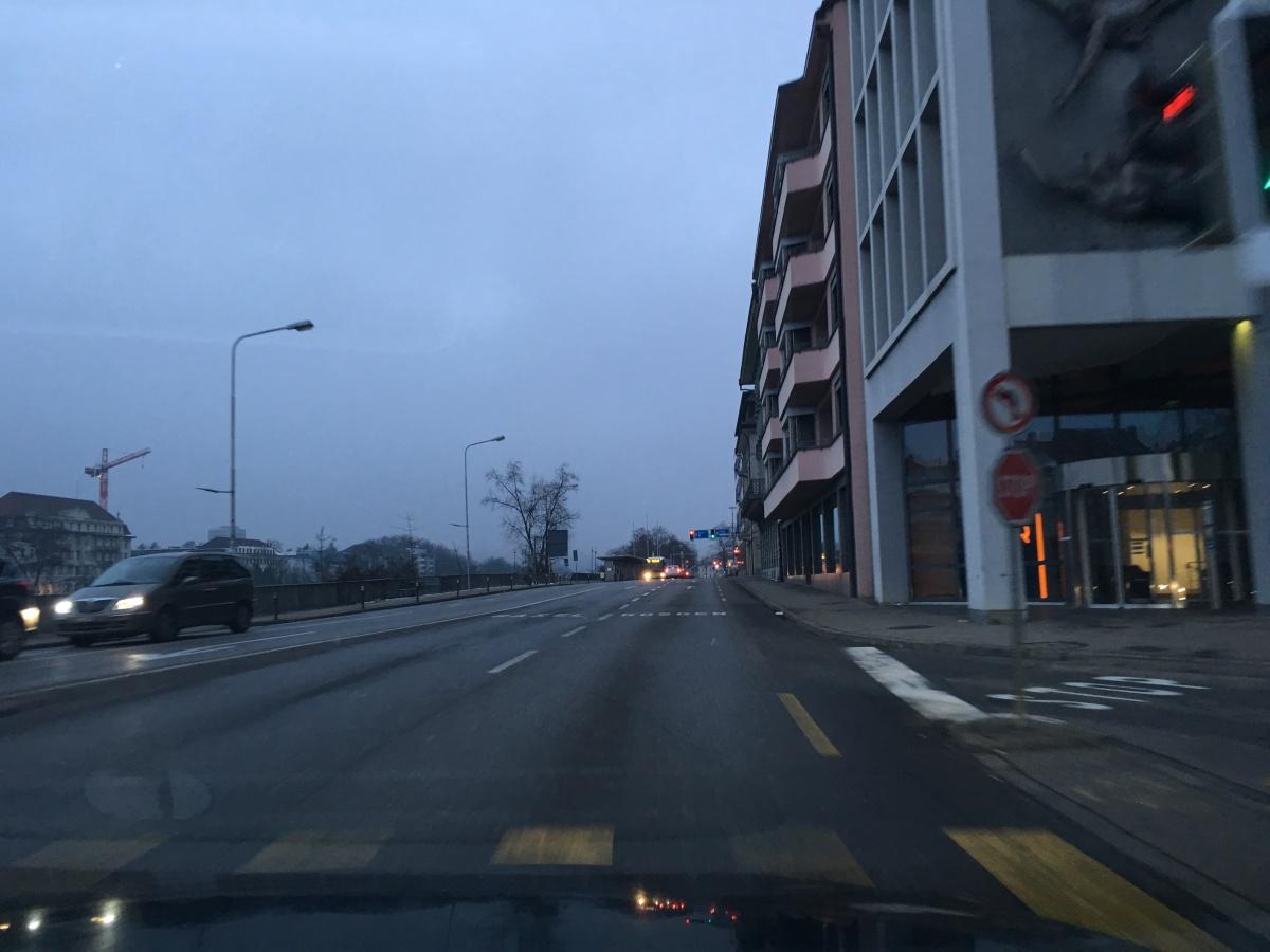 Kollision zwischen Fussgänger und Taxi –Zeugenaufruf