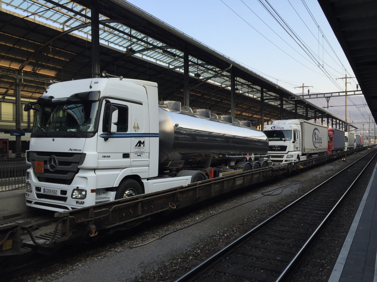 Oltner RAlpin bringt 109'000 Lastwagen auf dieSchiene
