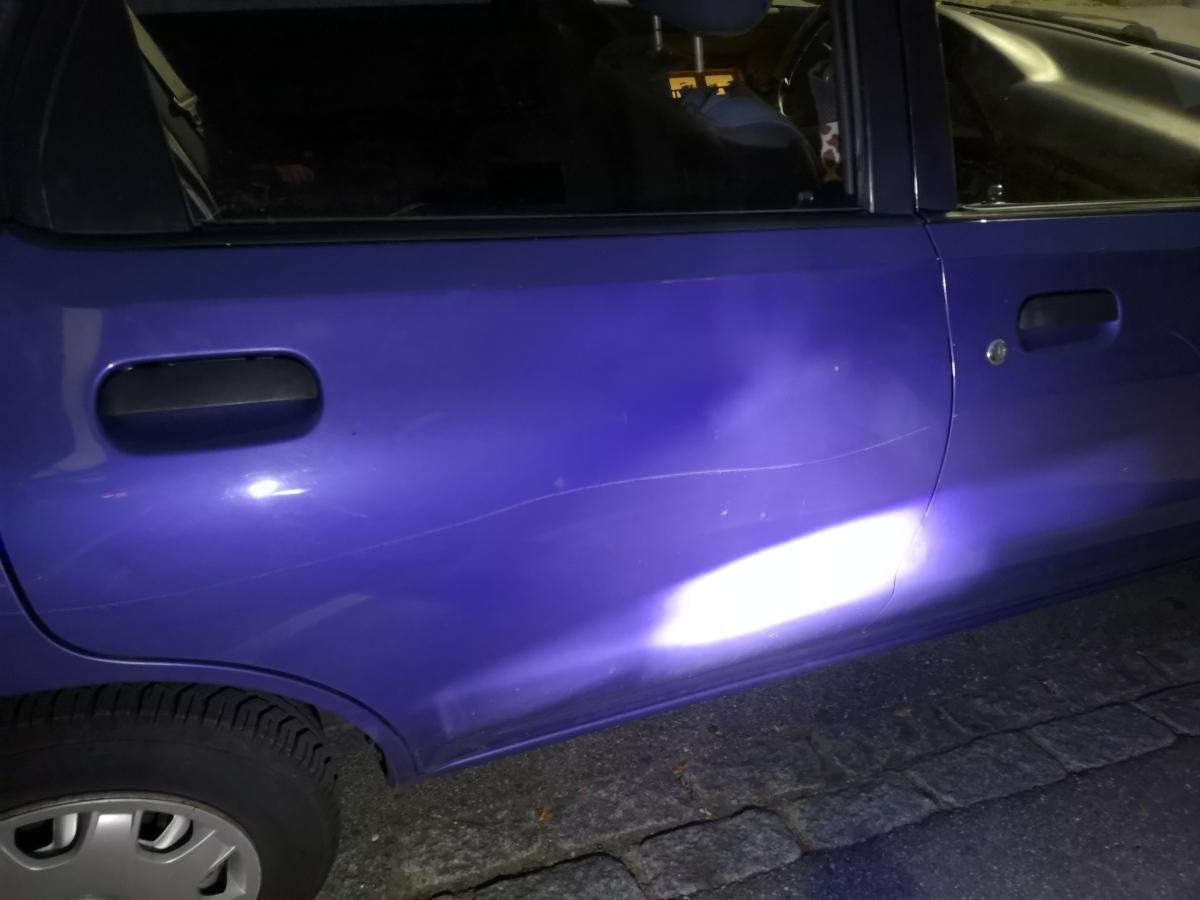 Vandalen beschädigen Autos an der Riggenbachstrasse